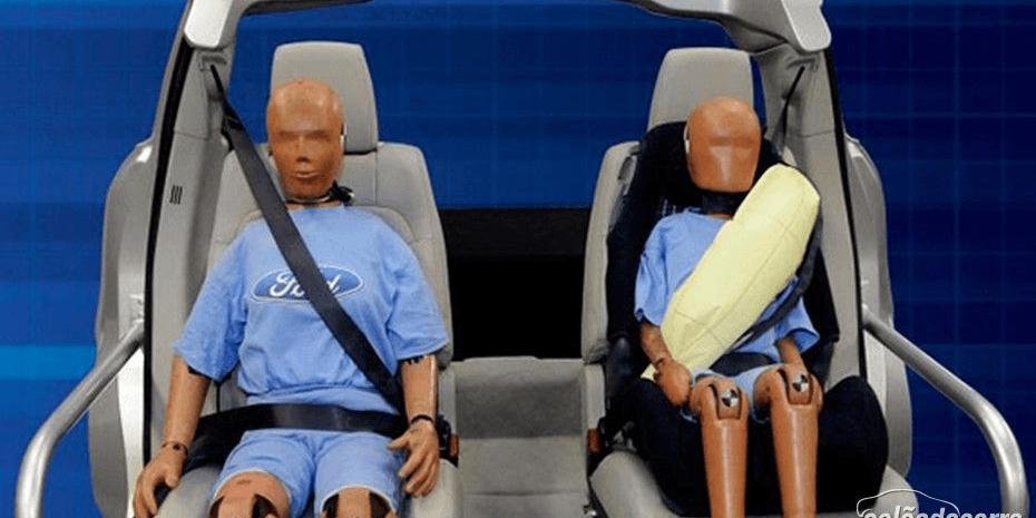 Como são os cintos de segurança infláveis da Ford?