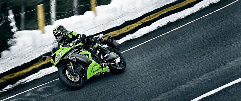 Como não passar frio na moto