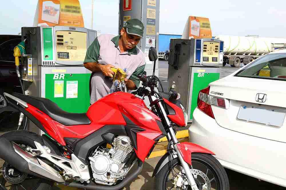 Vale a pena rodar com etanol na Moto?