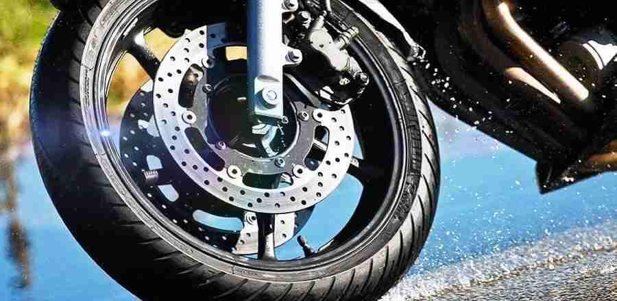 Pode usar pneu remold em moto?