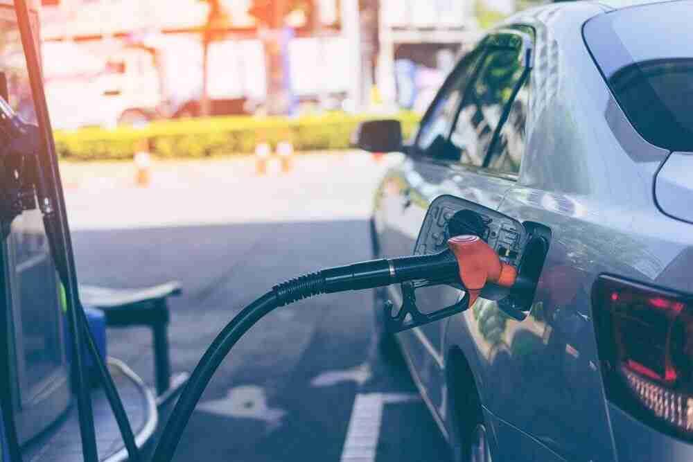 Cheiro de gasolina dentro do carro. O que pode ser?