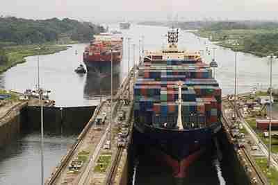engenharia de canal marítimo