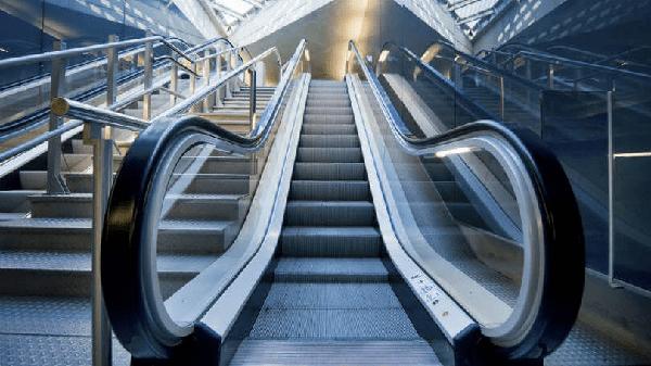 Acidente em escada rolante, alerta para os riscos do equipamento